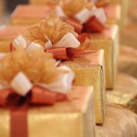 Překvapte novomanžele originálním svatebním darem!