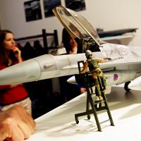 Letecký simulátor stíhačky F16 aneb testujeme zážitky