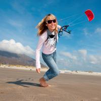 Kiteboarding - adrenalinový sport pro lufťáky