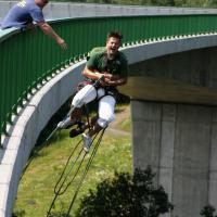 Bungee jumping: Z domorodého rituálu se stal extrémní sport