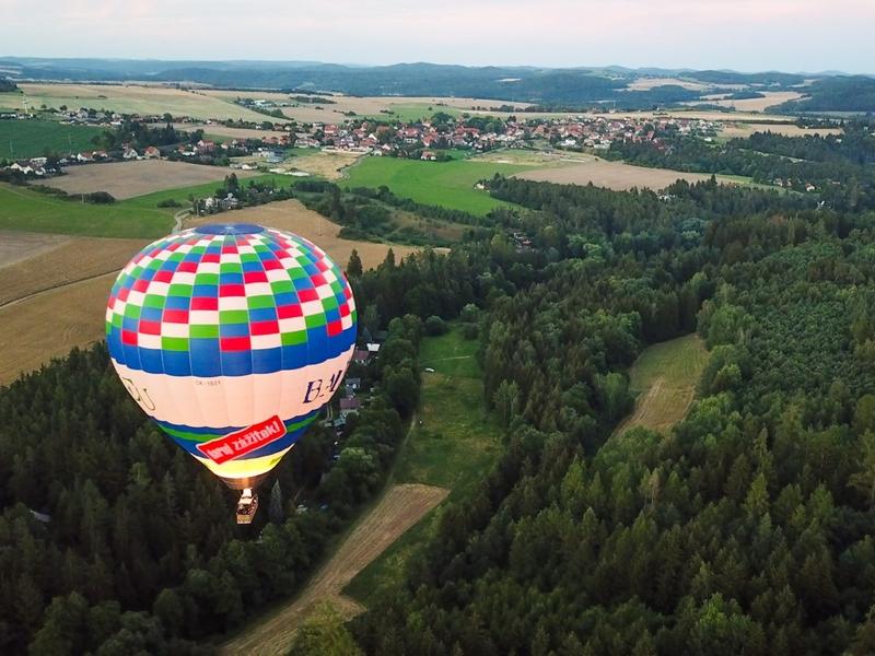 Levně Vyhlídkový let balónem po celé ČR
