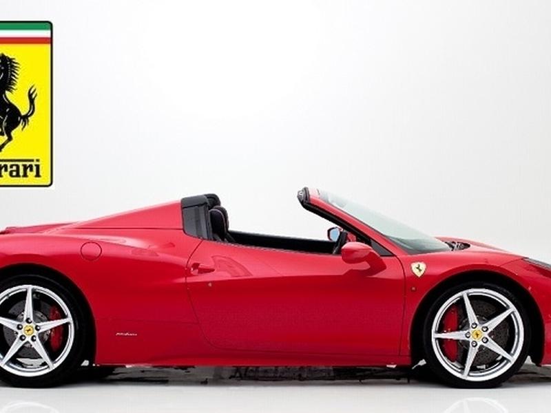 Pronájem Ferrari 458 Spider