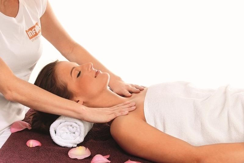 Bylinná masáž Praha
