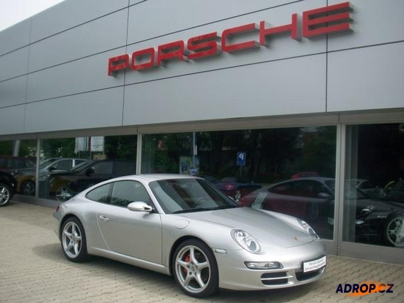 Pronájem Porsche 911 Carrera Praha