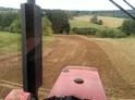 Jeden den traktoristou