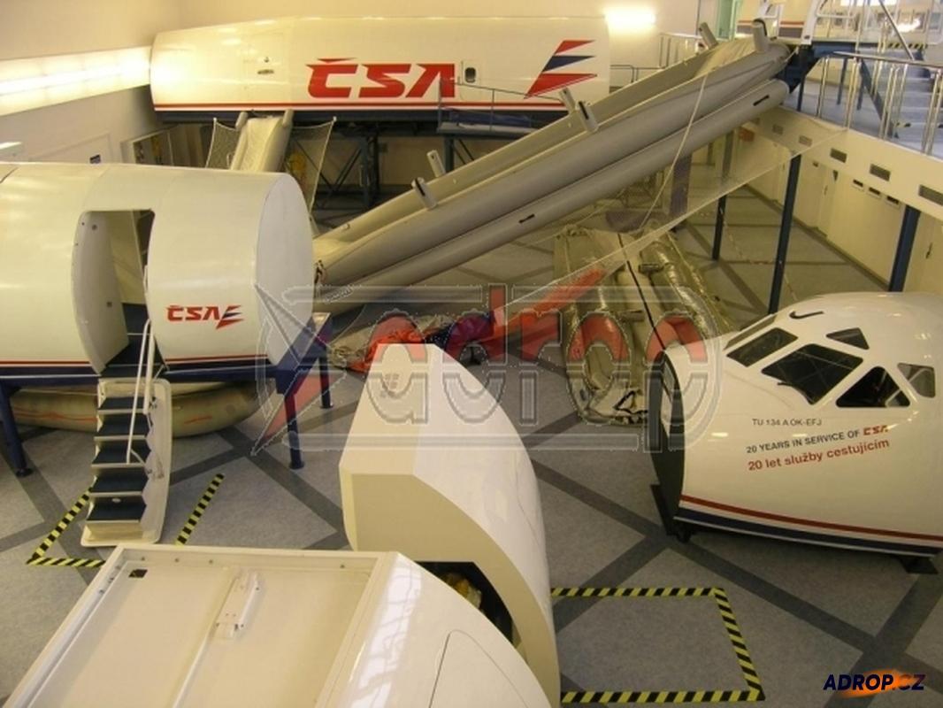 Exkurze ve výcvikovém středisku letových posádek
