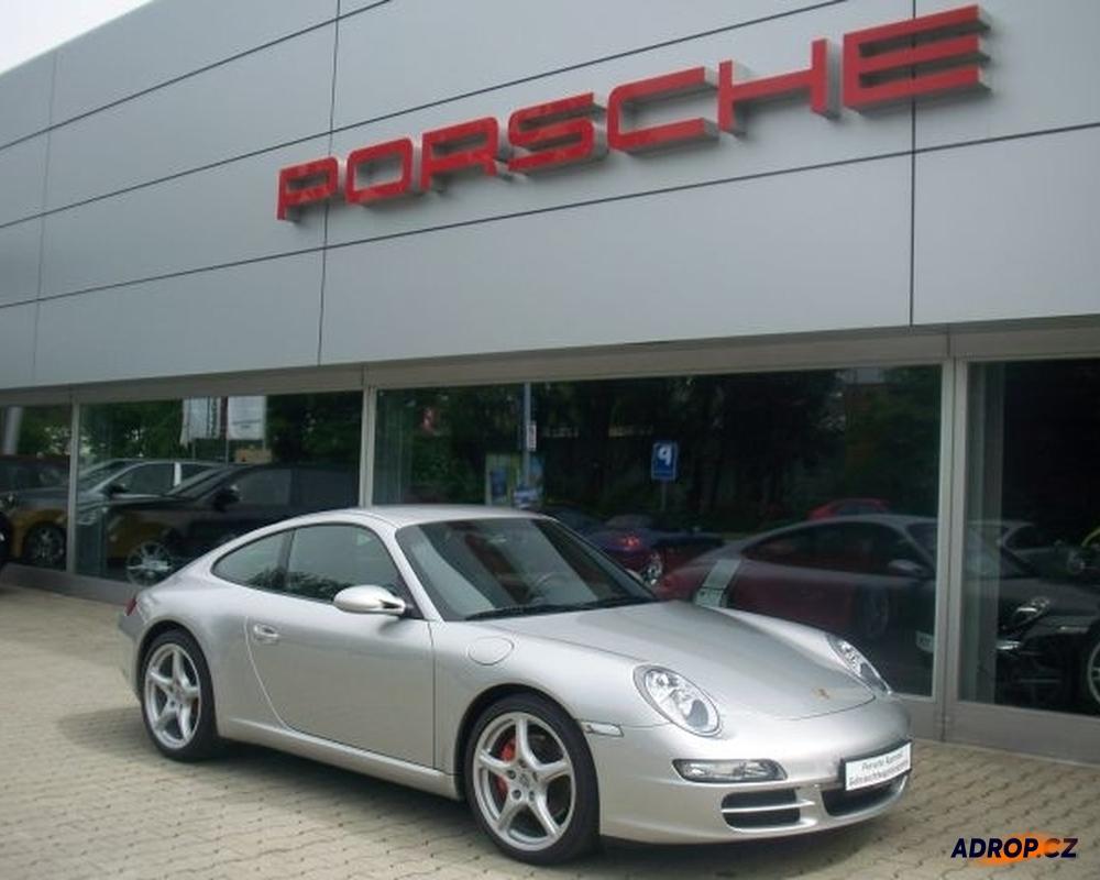 Pronájem Porsche 911 Carrera